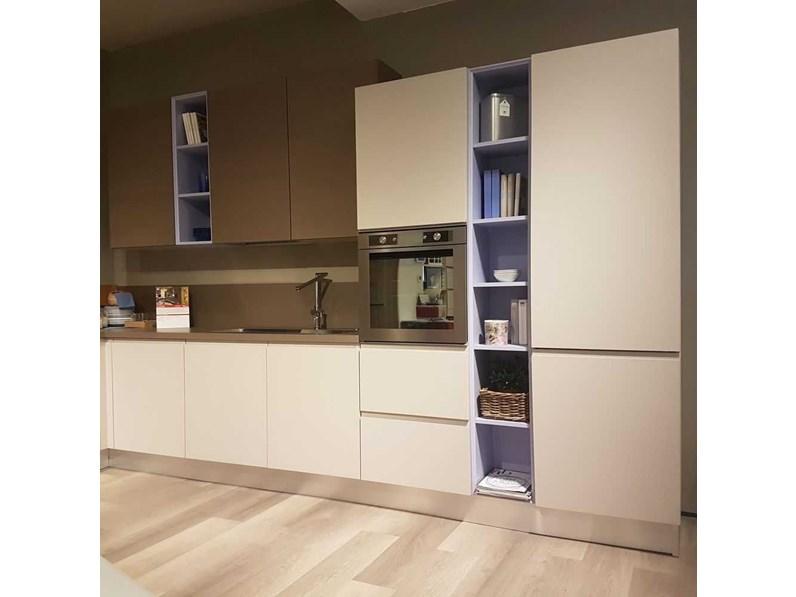 Cucina moderna ad angolo lube cucine linda a prezzo scontato - Cucina moderna prezzo ...
