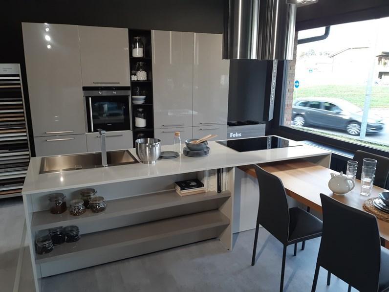 Cucina moderna ad isola arredo3 isola laccata a prezzo - Cucina moderna prezzo ...