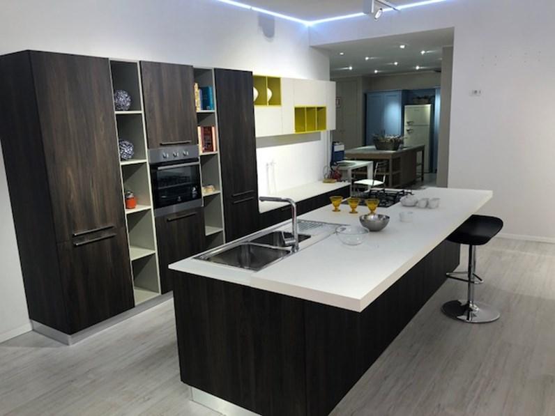 Cucina moderna ad isola Gentili cucine Gentili 20 a prezzo scontato