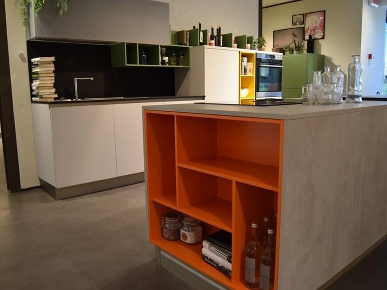 Cucina moderna ad isola stosa cucine infinity a prezzo ribassato - Cucina moderna prezzo ...