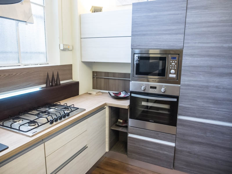 Cucine Moderne Ad Angolo. Stile Moderno Classico Di Design Ed ...