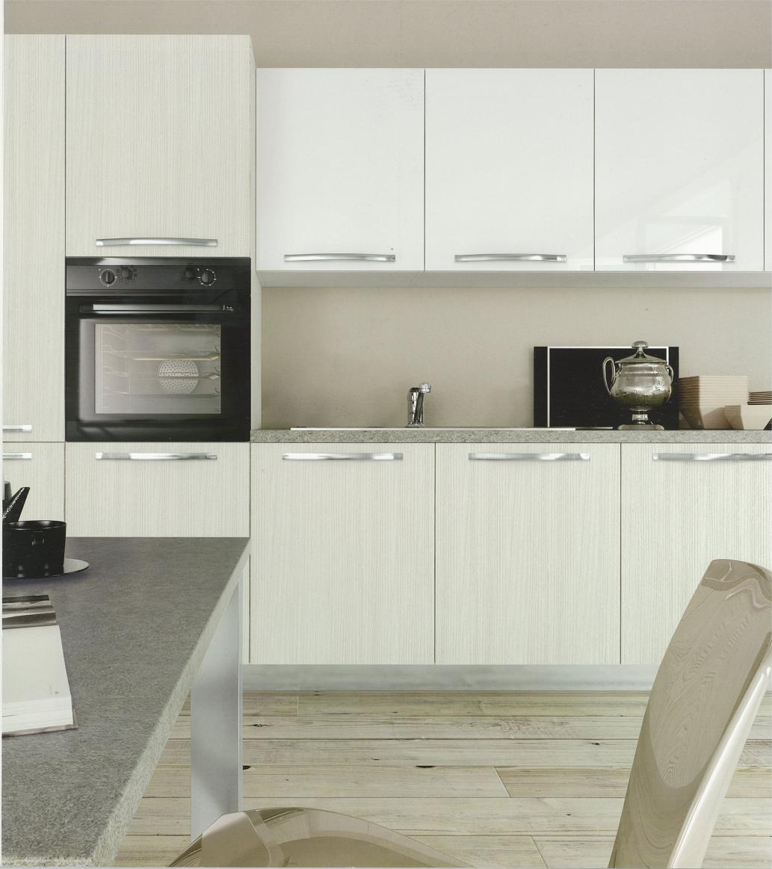 Cucina moderna angolare modello cloe targata arredo3 cucine cucine a prezzi scontati - Cucina moderna prezzi ...