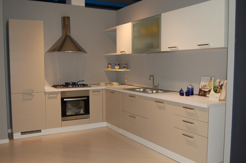 Cucina moderna angolare cucine a prezzi scontati - Pensile angolare cucina ...