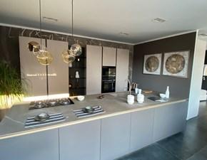 Cucina moderna antracite Binova ad isola Bluna scontata