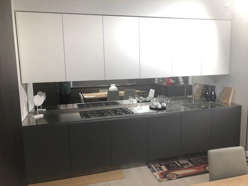 Cucina moderna antracite Cucine noventa lineare Cucina laccato opaco +  effetto cemento con top. inox in Offerta Outlet