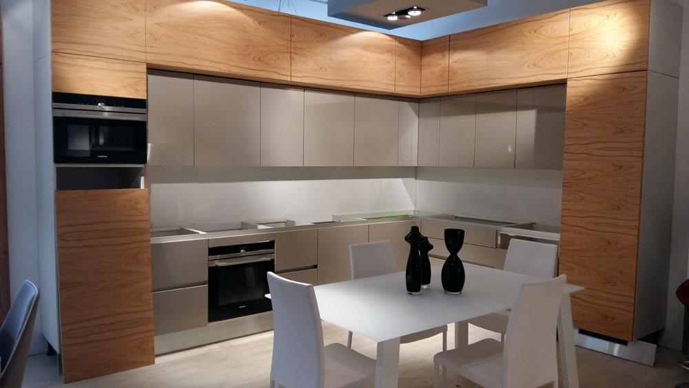 Cucina moderna Aster Cucine scontata del 67% - Cucine a prezzi ...