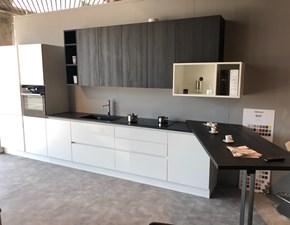 Cucina moderna bianca Berloni cucine con penisola B50 in Offerta Outlet