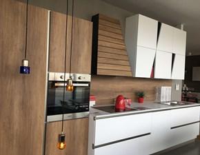 Cucina moderna bianca di Stosa cucine lineare Infinity scontata