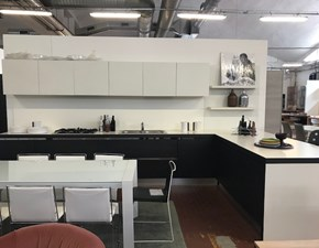 Cucina moderna bianca Elam con penisola Soya in Offerta Outlet