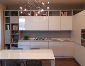 Cucina moderna bianca Scavolini ad angolo Motus in offerta