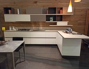Cucina moderna bianca Scavolini con penisola Ki in offerta