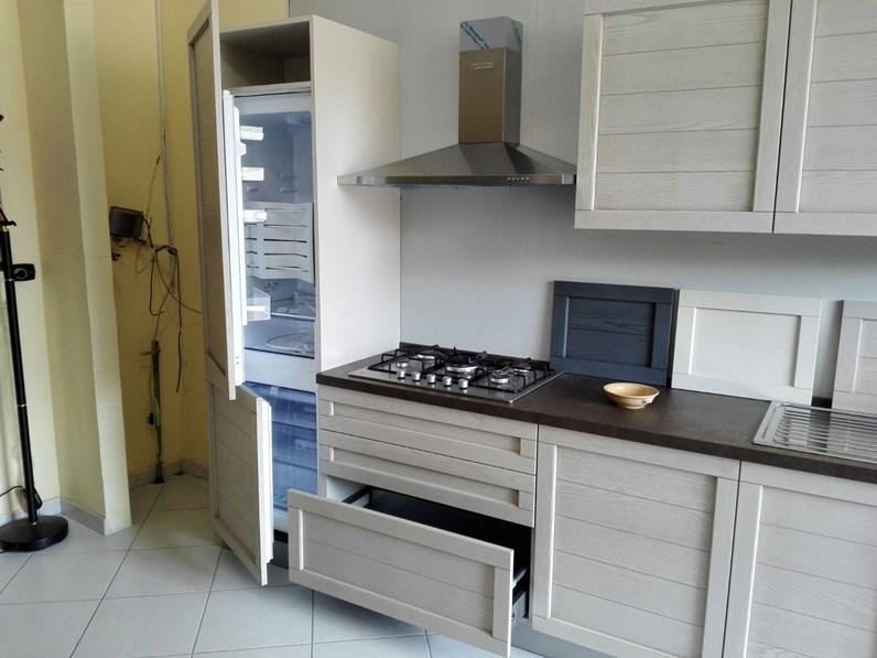 Cucina moderna con ante in legno completa di 4 for Cucine complete