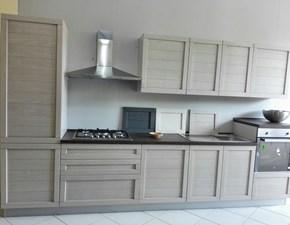 Cucina moderna con ante in legno completa di 4 elettrodomestici