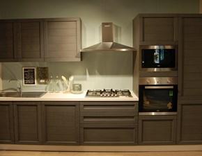 Cucina moderna con ante in legno completa di 5 elettrodomestici