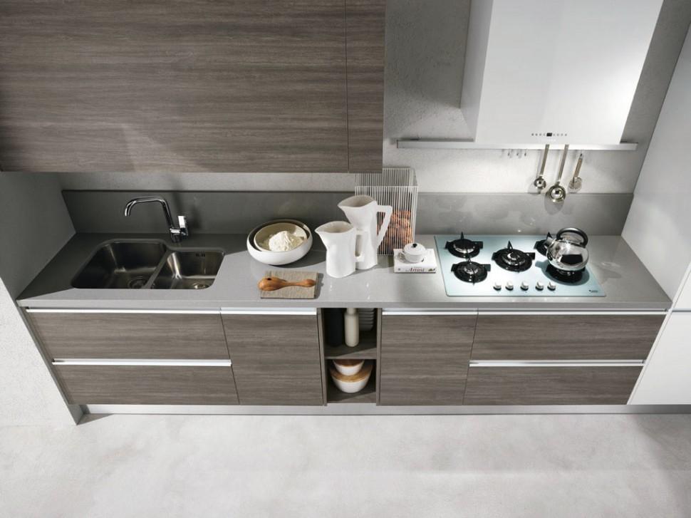 Cucina moderna con dispense e lavello integrato inox - Top cucina moderna ...