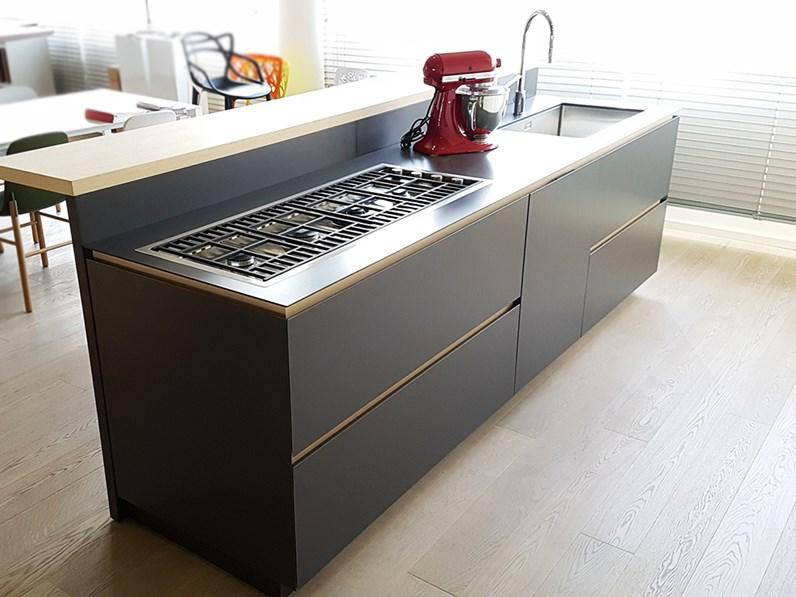 Cucina moderna con isola artex di varenna scontata del 43 - Cucina varenna prezzi ...