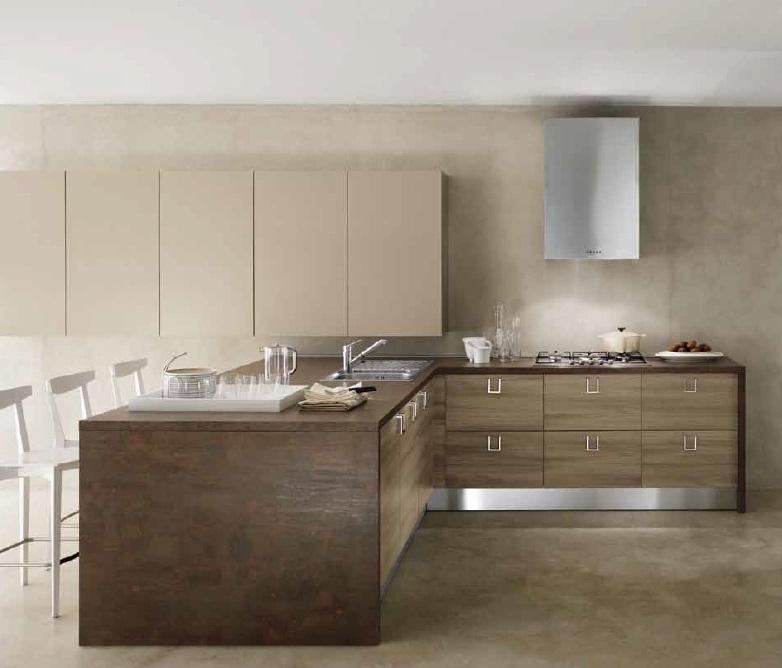 Cucina moderna con isola attrezzata moderna ante moderne essenza olmo cucine a prezzi scontati - Cucine con ante scorrevoli ...