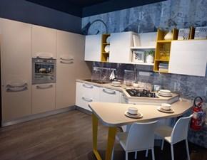 Cucina moderna con penisola Lube cucine Noemi a prezzo scontato