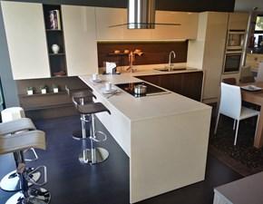 Cucina moderna con penisola Modulnova Moon rovere raw a prezzo scontato