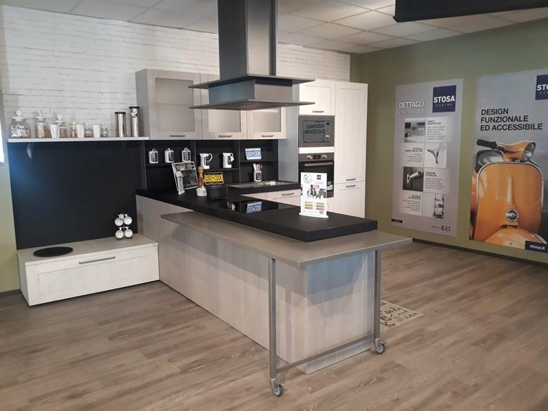 Cucina Moderna Con Penisola Stosa Cucine City A Prezzo Scontato