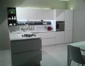 Cucina moderna con penisola Veneta cucine Cucina veneta cucine modello oyster silk a prezzo ribassato