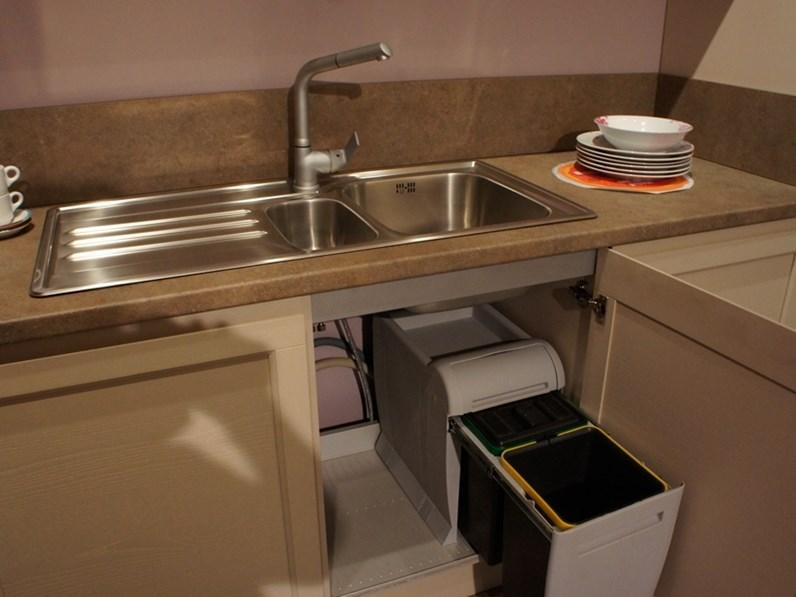 Cucina moderna creo kitchens ad angolo mod selma in offerta - Cucina moderna ad angolo ...