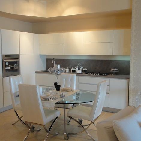 Cucina moderna del tongo ad angolo scontata al 40 - Composizione cucina ad angolo ...