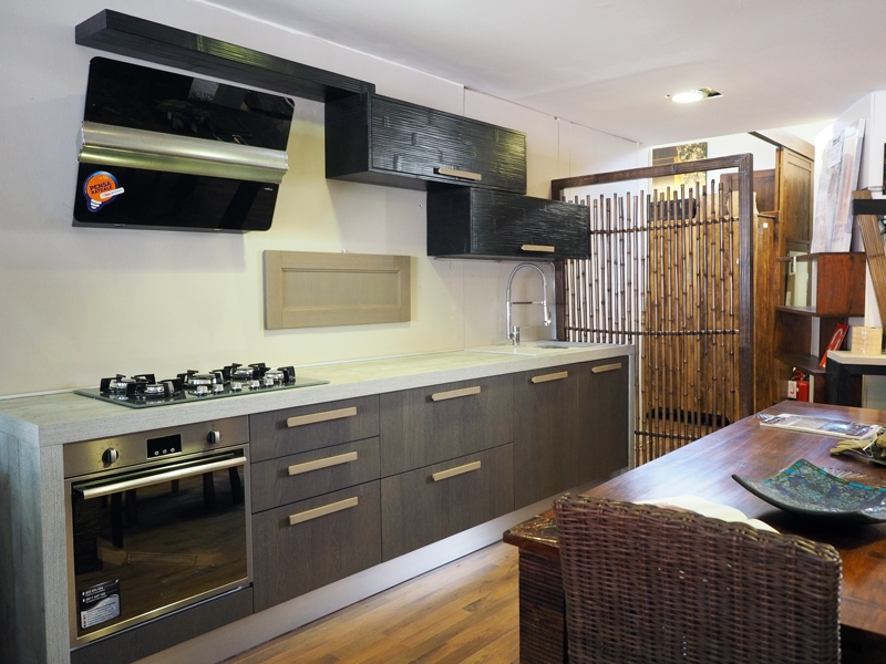 cucina moderna essenza grigia /black in offerta sconto convenienza ...