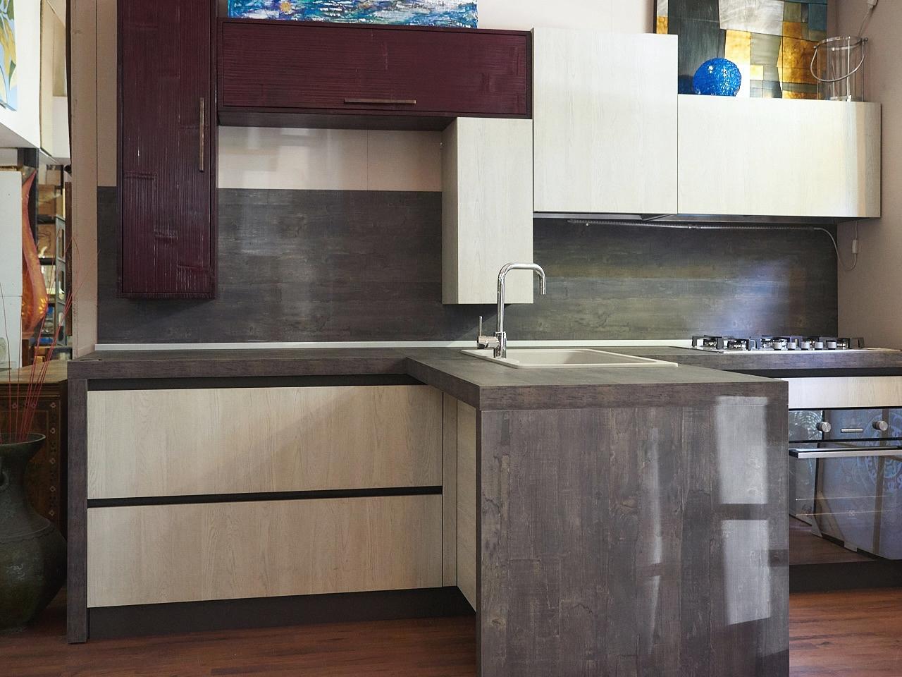 Cucina moderna essenza white e red bambu in offerta outlet - Cucina in offerta ...