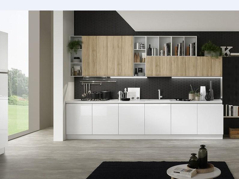 Cucina moderna con maniglia integrata a gola a Caltagirone ...