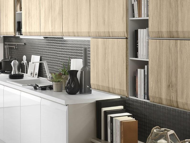 Cucina moderna gola in offerta con lavastoviglie in - Cucine componibili con lavastoviglie ...