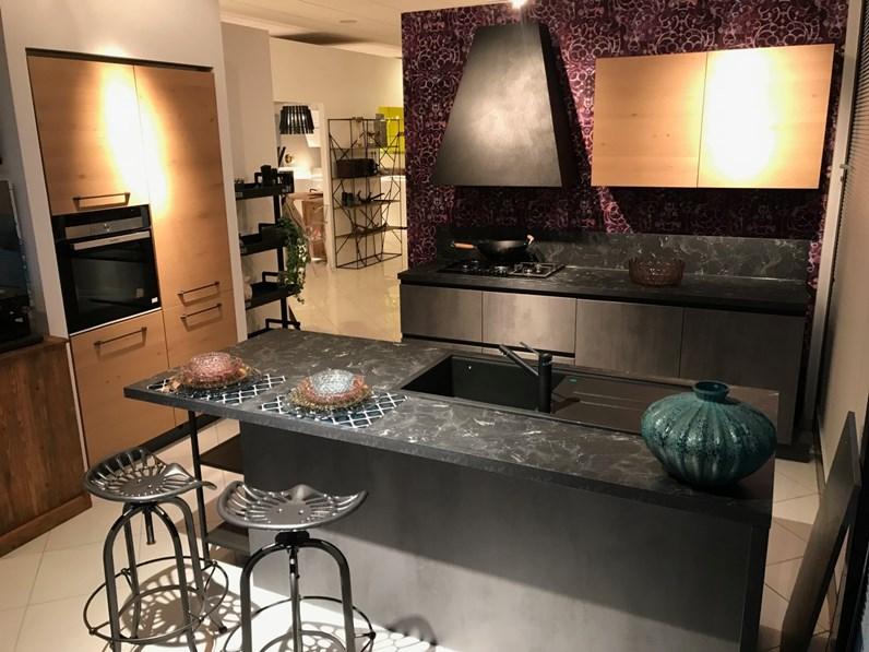 Cucina moderna in cemento antracite-legno Atma a PREZZI OUTLET