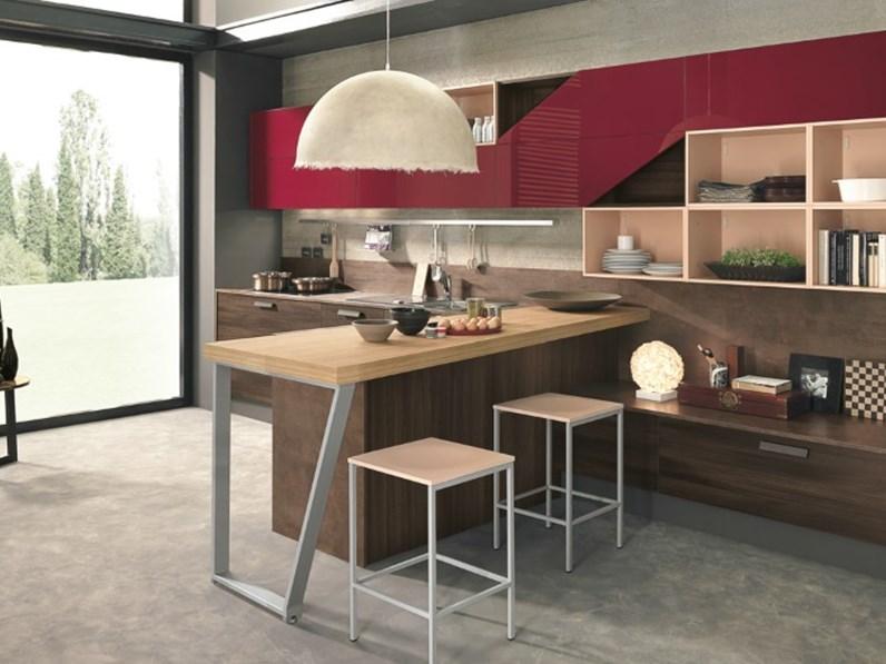 Cucina moderna in essenza olmo dark compresa di soggiorno - Cucine con soggiorno ...
