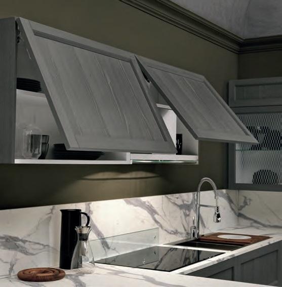 Cucina moderna in legno essenza tale mezza sospesa con colonne frigo e forno cucine a prezzi - Cucina moderna in legno ...