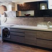 cucina lineare con gola  moderna industrial  materico e crash bambu design