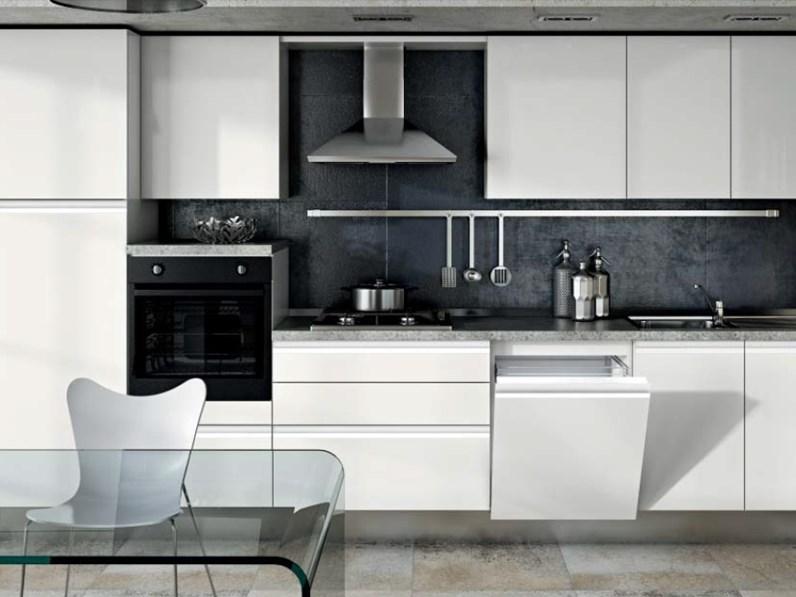 Cucina Completa Moderna.Cucina Moderna Laccata Con Gola Satinata Completa Di Elettrodomestici