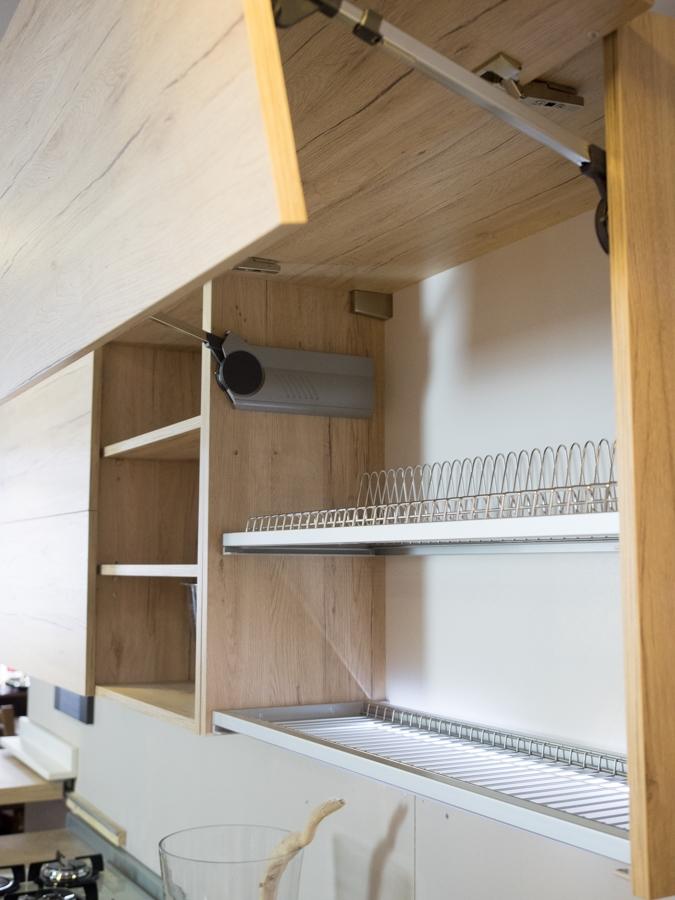 Cucina Con Doppi Pensili : Cucina moderna legno white e rovere in offerta convenienza