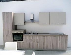 Cucina moderna lineare con 4 elettrodomestici inclusi in promozione