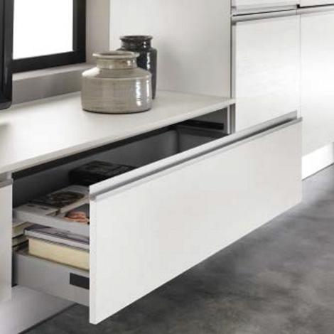 Cucina moderna lineare con gola bianca in offerta - Cucina moderna laccata ...