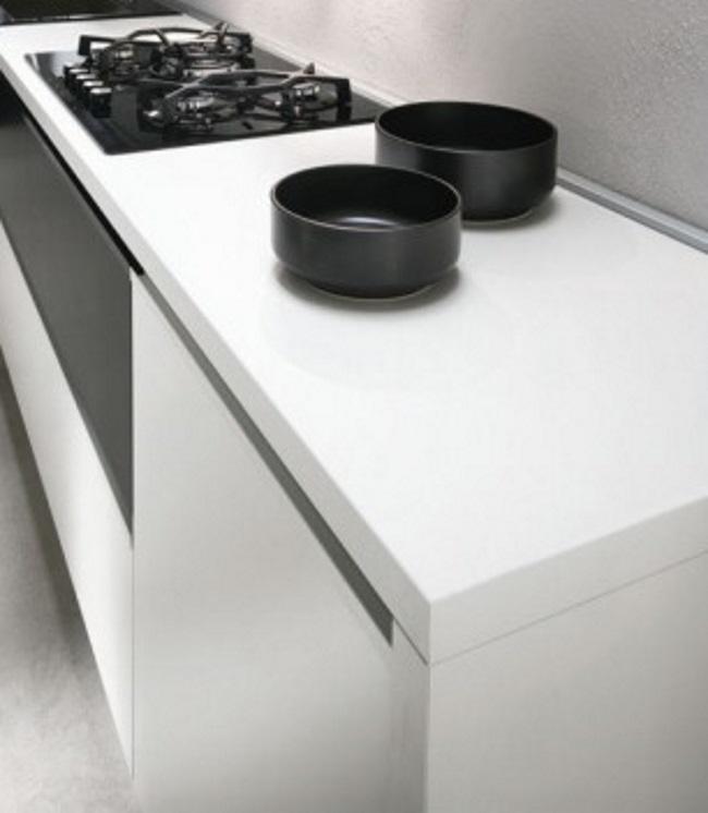 Cucina lineare offerta cheap cucina nuovi mondi cucine cucina lineare moderna essenza offerta - Cucina bianca moderna lineare ...