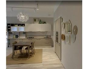Cucina moderna lineare Creo Cucina kyra con living  a prezzo scontato
