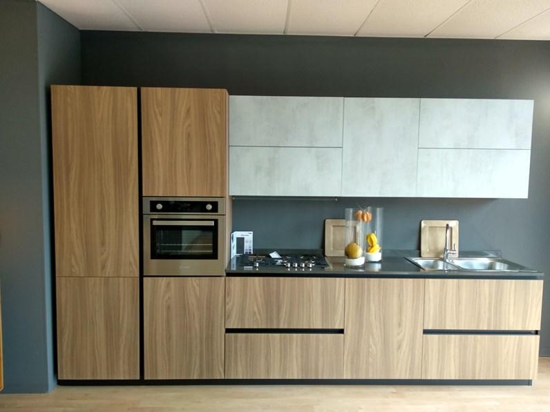 Cucina Moderna Lineare.Cucina Moderna Lineare Cubodesign Cucina Noce Dozuki A Prezzo Ribassato