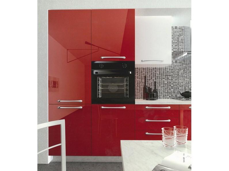 Cucina moderna lineare laccata lucida Arredo3 cucine