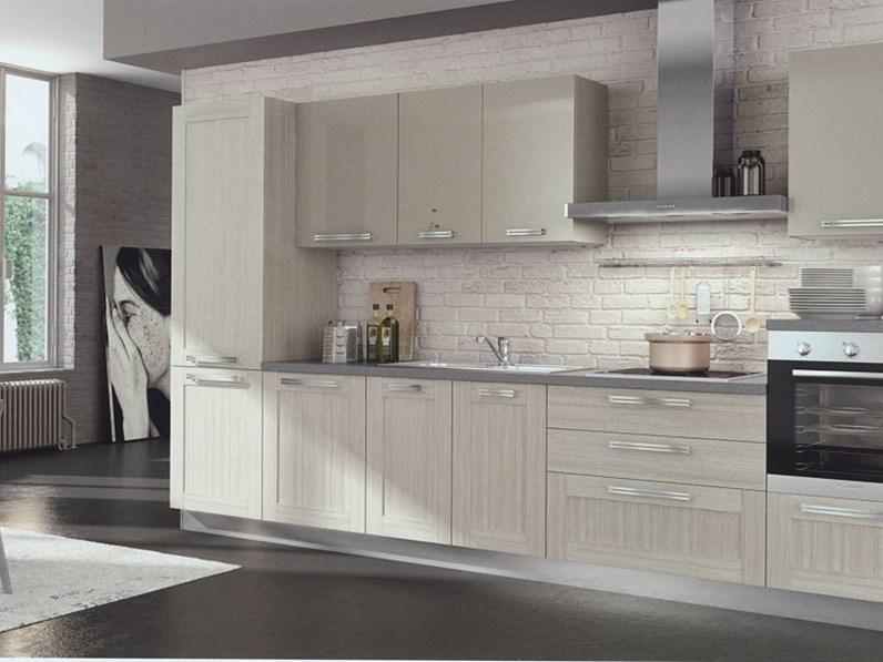 Cucina moderna lineare modello Cloe finitura rovere magister della  collezione Arredo3 cucine