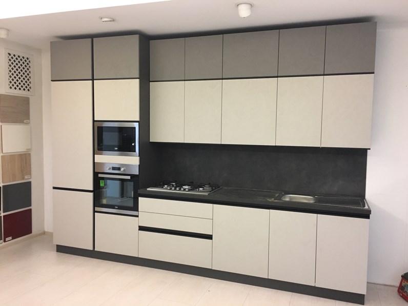 Cucina moderna lineare Net cucine Zoe a prezzo scontato