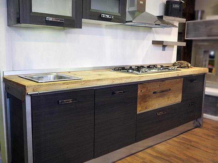 ... vero industriale legno e ferro in offerta - Cucine a prezzi scontati
