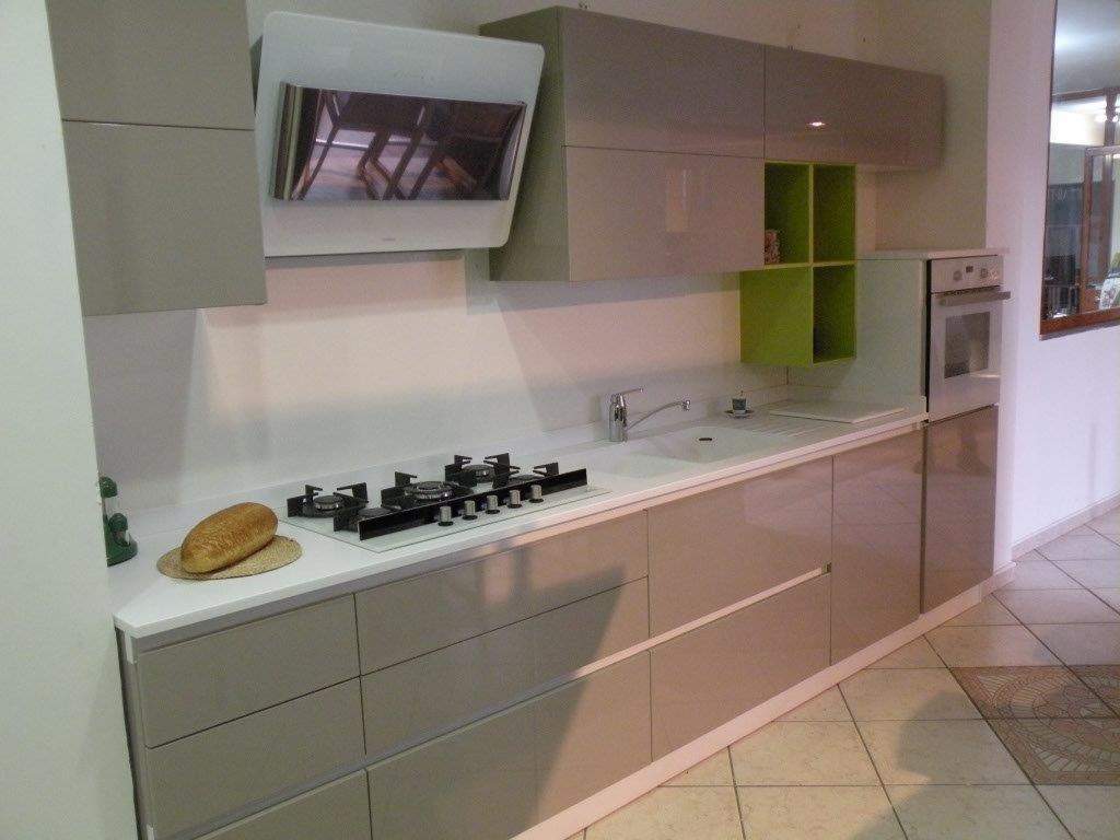 Cucina moderna Mobilturi scontata del 57% vero affare! - Cucine a ...