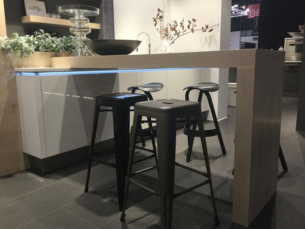 Cucina moderna con isola stunning camera cucina moderna - Isola cucina moderna ...