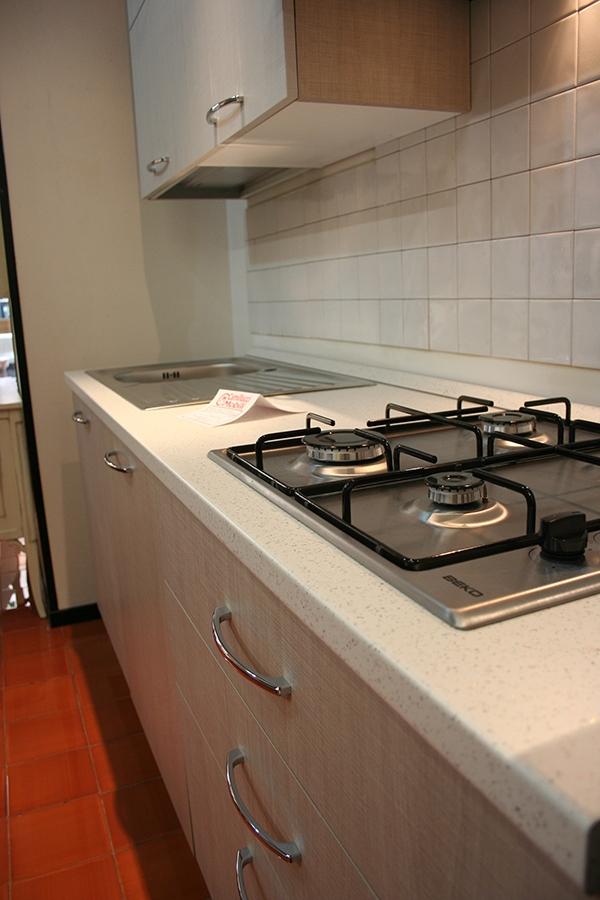 Cucina net cucine new smart scontato del 42 cucine a for Arredamento di marca scontato