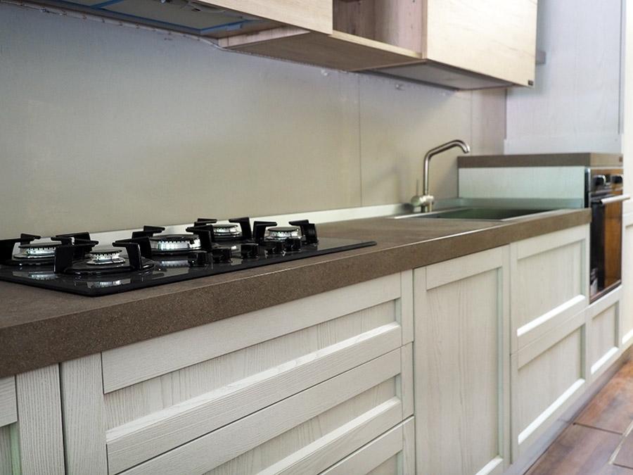 Cucina moderna shabby con penisola in offerta convenienza for Mobile cucina shabby